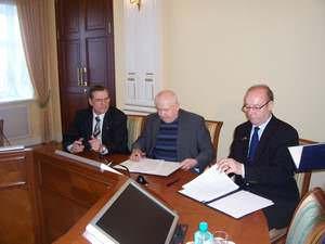 Подписание плана сотрудничества на 2009 год между Союзом рыбаков Норвегии и Союзом рыбопромышленников Севера